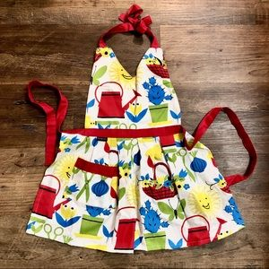 Other - ARTS & CRAFTS APRON NEW GIRLS APRON